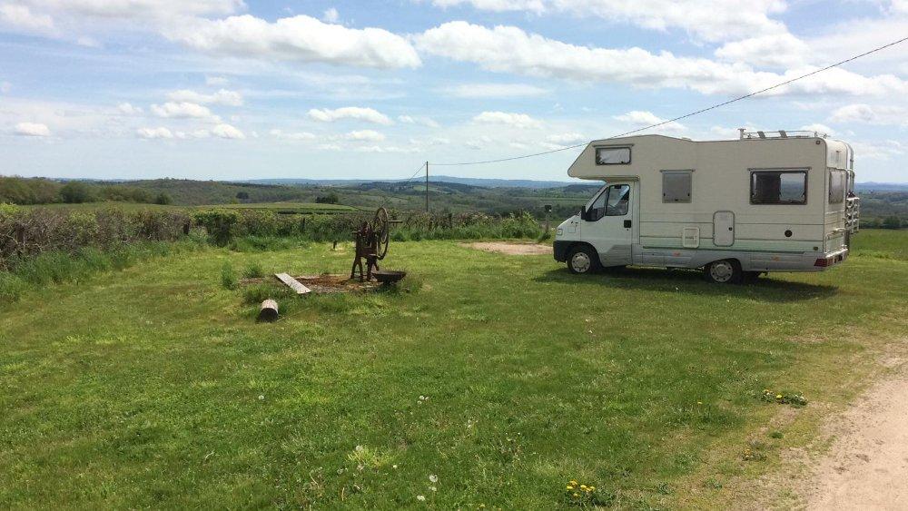 Aire camping-car à Dettey (71190) - Photo 1